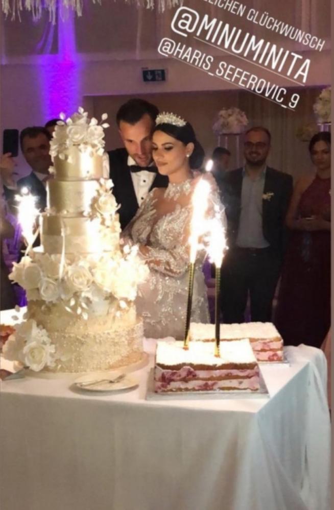 Seferovic e Amina